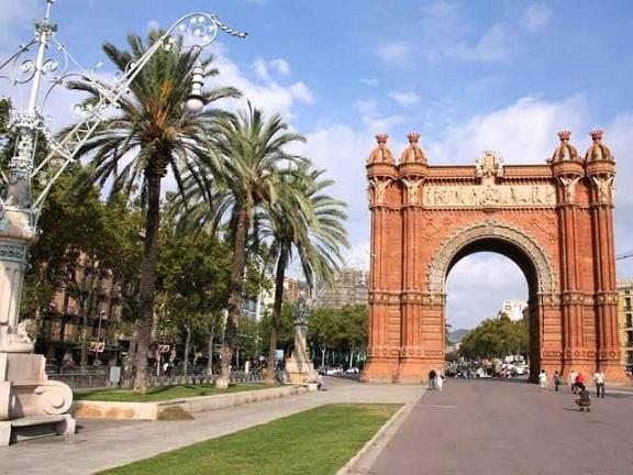 ÇORUM ÇIKIŞLI MADRID VALENCIA BARCELONA TURU PGS HAVAYOLLARI (5 GÜN)